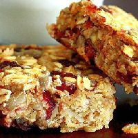 Healthy Granola Bars - 3 points plus. These would be great for breakfast!