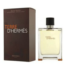 1ba193e7bce09f 33 Best Parfum et Maquillage images   Designer perfume, Fragrance ...