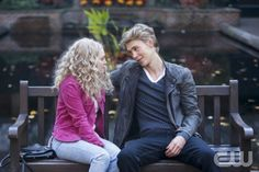 Austin Butler Interview: On Set of 'The Carrie Diaries'!: Photo Check out our new interview with Austin Butler from one of our favorite new shows The Carrie Diaries! The actor plays bad boy Sebastian Kydd in this… Austin Butler Tumblr, The Carrie Diaries, Annasophia Robb, Tv Couples, Cutest Couples, Carrie Bradshaw, The Cw, Smart Tv, Movies Showing