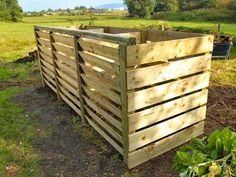 Our composters are built around the 'New Zealand Box' method where the compost materials are mixed by moving them from one bay to another. This method mixes the material, adds air and ultimately results in a fine grade finished compost for use in your vegetable garden. #compost #raised bed #allotment #gardenersofinstagram  #montydon #gardener #gardenersworld #organic #gardening #planter #container #growyourown  #composter