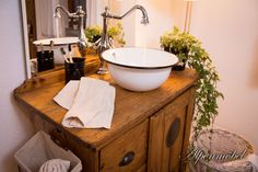 Rustic Bathroom Sinks, Primitive Bathrooms, Bathroom Basin, Kitchen Cabinet Remodel, Kitchen Cabinets, Country Farmhouse Decor, Home Additions, Home Renovation, Home Kitchens
