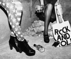 'merica and rock and roll Black And White Photo Wall, Black N White, Black And White Pictures, Photo Rock, Rock And Roll, Grunge Photography, White Photography, Photography Ideas, Black And White Aesthetic