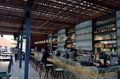 Loof bar at Odeon Towers Singapore 02 ROOFTOP BARS! Loof bar at Odeon Towers, Singapore #ceiling #metal