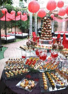 Buffet Food Presentation | Food Tablescapes