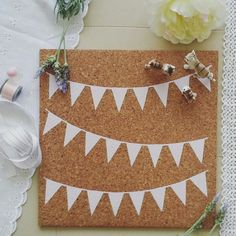 Bunting design corkboard / pinboard flatlay   #pinboard #corkboard #bunting #girlsroom #flatlay