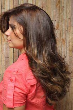 Xampu a seco é aposta para cabelos oleosos e sem volume