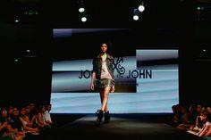 Desfile John John 2014