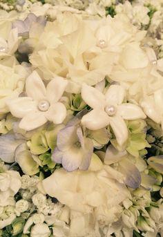 Brides bouquet 10-25