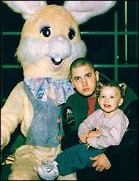 Eminem and His Daughters Hailey | eminem has banned his daughter hailie from following him into showbiz