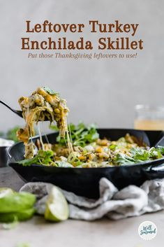 Transform your Thanksgiving dinner with this quick and simple leftover turkey enchilada skillet! Green Chili Enchiladas, Turkey Enchiladas, Green Enchilada Sauce, Turkey Recipes, Fall Recipes, Chicken Recipes, Dinner Recipes, Healthy Chicken, Holiday Recipes