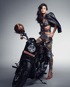Lisa Haydon - Cosmopolitan India