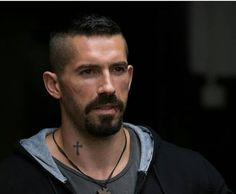 @david_vaesk @thescottadkins #boyka #fighter #fight #win #streetfighter #most #complete #fighters#mma #ufc #martialarts #mixedmartialarts… Scott Adkins, Lair Ribeiro, Hair And Beard Styles, Hair Styles, Jackie Chan, Mixed Martial Arts, Trainer, Street Fighter, Action Movies