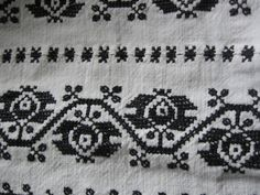Romanian blouse - ie - detail. Romania, Folk Art, Birthday Gifts, Cross Stitch, Textiles, Kids Rugs, Traditional, Costumes, Embroidery