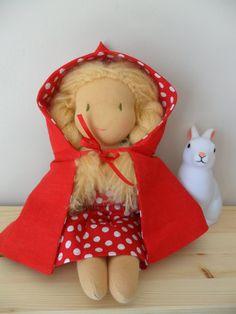 poupée waldorf, tres jolie n'est pas?
