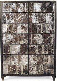 Jean-Michel FranckArmoire à portes en plaques de gypse serties dans des montants en bronze / Cupboard with doors made of gypsum plates set in a bronze frame.Vers / Circa 1930