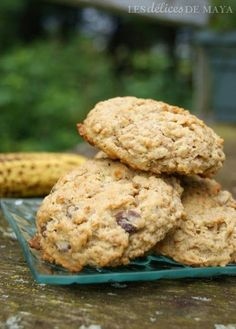 Hey, here's an easy, healthy, protein rich recipe from BiPro. Desserts With Biscuits, Cookie Desserts, Cookie Recipes, Low Carb Oatmeal, Delicious Desserts, Yummy Food, Mousse Dessert, Raisin Cookies, Biscuit Cookies