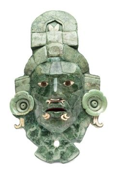 The Calakmul Mask was found in Tomb 1 in Structure VII, in the archaeological zone of the same name, in the state of Campeche, whose antiquity goes back to 660 and 750 AD [Credit: MNA-INAH]