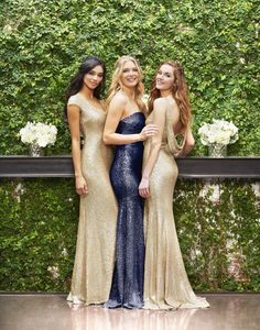 ✨ A sparklier Vow ✨ We're upping our glitz game by adding more sequined rentals to our collection. Rent these new dazzling matte-gold and navy bridesmaid dresses by Theia Couture with Vow To Be Chic!