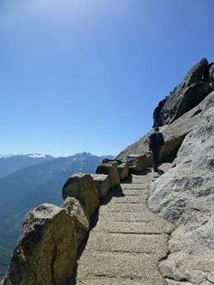 Pathway of Moro rock
