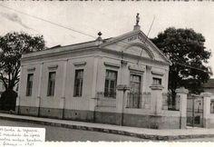 Capivari - Primeira escola que depois se transformou no Tiro de Guerra. Foto de 1921
