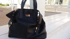 Black real leather shopper <3  Original Handmade Bags Tuscany/Italy Worldwide shipping  www.chixbags.it info@chixbags.it