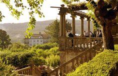 Coruña Santiago, disfruta el Xacobeo El mejor mirador de la ciudad es el del Paseo de la Herradura, situado en el parque de la Alameda, en la falda este de la colina de Santa Susana
