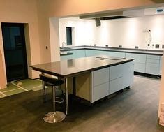 Twitter / Notifications Apollo, Kitchens, Quartz, Twitter, Home Decor, Kitchen, Interior Design, Cuisine, Home Interior Design