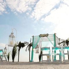 Florida beach weddings boho wedding rustic wedding Florida vow renewals eloping in Florida beach wedding packages #SuncoastWeddings #BeachWedding