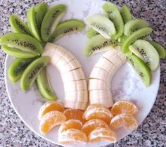 fruit arranged as palm trees; this site has lots of fun sea-related food themes (completely-coastal.com)