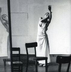 Image uploaded by 𝙻𝚘𝚝𝚝𝚎. Find images and videos about dance, scene and ballet on We Heart It - the app to get lost in what you love. Dance Photography, White Photography, Portrait Photography, Contemporary Dance, Modern Dance, Pina Bausch, Dance Movement, Maria Jose, Anna Pavlova