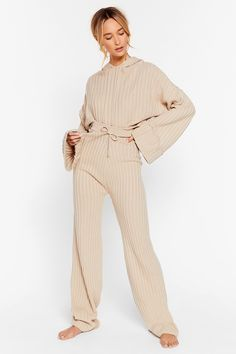 Take the Easy Option Jumper and Pant Lounge Set Teen Fashion Outfits, Modest Fashion, Trendy Outfits, Cool Outfits, Loungewear Outfits, Mode Inspiration, Nasty Gal, Lounge Wear, Lounge Pants