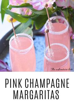 Nothing says classy quite like these gorgeous pink lemonade champagne margaritas the perfect champagne cocktail for weddings showers or girls night out! cocktails margaritas champagne lemonade pink poinsettia drink a champagne cocktail Champagne Margarita Recipe, Cocktails Champagne, Mango Margarita, Margarita Recipes, Cocktail Drinks, Pink Alcoholic Drinks, Pink Lemonade Margarita, Summer Cocktails, Cocktails With Wine