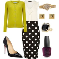 Here is a fun but professional look to try for an interview or wear to the office!