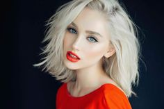 Join the ranks of iconic blondes like Madonna and Marilyn Monroe through dyeing your hair to a platinum blonde color. Here's a list of looks to inspire you. Platinum Blonde Hair Color, Blonde Color, Blonde Hair Red Lips, Hairstyles Haircuts, Trendy Hairstyles, Blonde Hairstyles, Bob Haircuts, Wedding Hairstyles, Dyed Hair Pastel