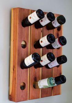 Como hacer un porta vinos de pared  https://www.todomanualidades.net/2015/10/como-hacer-un-porta-vinos-de-pared/