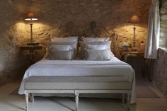 Bedroom with stone walls - Villa Grenache - Bastide de Marie : luxury property with hotel services in Provence (France)