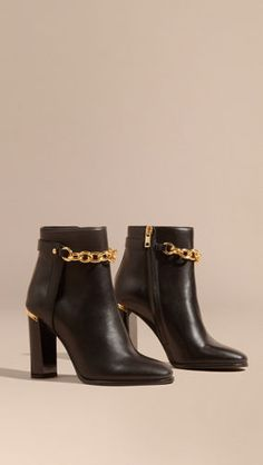 Discover the range of women's boots from Burberry. Shop from a variety of luxury leather boots featuring platforms, biker boots, ankle and riding boots Heeled Boots, Bootie Boots, Burberry Shoes, Black Leather Ankle Boots, Black Boots, Kinds Of Shoes, Dream Shoes, Winter Shoes, Cute Shoes