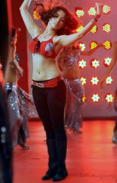 Tamanna showing hot melons & navel