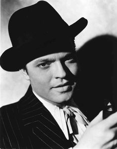 Orson Welles as Charles Foster Kane, publicity photo for RKO