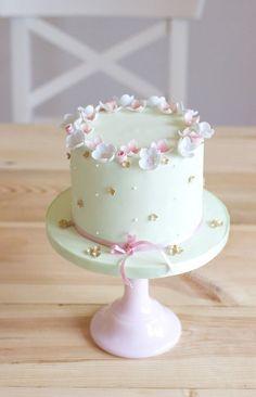 - Kuchen und Co - Gateau Anniversaire Pretty Cakes, Cute Cakes, Beautiful Cakes, Amazing Cakes, Fondant Cakes, Cupcake Cakes, Birthday Cakes Girls Kids, Girly Birthday Cakes, Flower Birthday