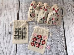 day gifts baskets Love Always Wins Valentine's Day Tic Tac Toe Muslin Bag Valentines Gifts For Boyfriend, Valentines Day Hearts, Valentine Day Crafts, Gift Boyfriend, Kids Valentines, Valentine Heart, Chocolate Alternatives, Tic Tac Toe Game, Tic Toe