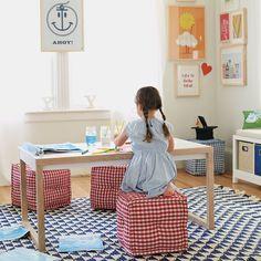 Lark Play Table
