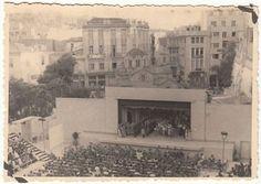 Αθήνα 1943. Σπάνια φωτογραφία!!! Το Θερινό Θέατρο Πλατείας Κλαυθμώνος στη διάρκεια της Κατοχής όπου διακρίνουμε στιγμιότυπο από όπερα που είχε ανέβει εκεί...