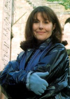 The beautiful Elisabeth Sladen who played Sarah Jane Smith in Doctor Who. Companion to both the and Doctor and temporary companion for the and Doctor!Much missed. Sarah Jane Smith, Fifth Doctor, Doctor Who Companions, Christopher Eccleston, Big Crush, Torchwood, Time Lords, David Tennant, Fantasy Girl