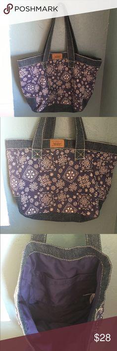 Levi's paisley denim handbag New without tag. Levi's paisley denim handbag.  100% cotton. Levi's Bags Shoulder Bags