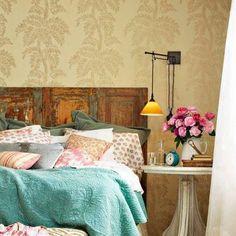 Beautiful bedroom. I especially love the headboard.