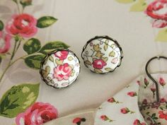 Hey, I found this really awesome Etsy listing at https://www.etsy.com/listing/180560033/fabric-button-earrings-white-pink