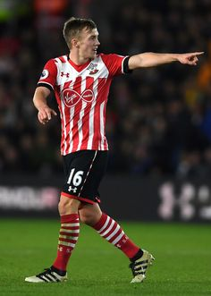 James Ward-Prowse Photos - James Ward-Prowse of Southampton in action during the Premier League match between Southampton and Everton at St Mary's Stadium on November 2016 in Southampton, England. - Southampton v Everton - Premier League Arsenal Premier League, Premier League Matches, Arsenal Fc, Southampton England, Southampton Fc, College Basketball, Soccer, James Ward Prowse, Old Trafford