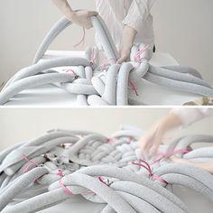 10 Beste Afbeeldingen Van Poef Throw Pillows Yarns En Crochet Pillow