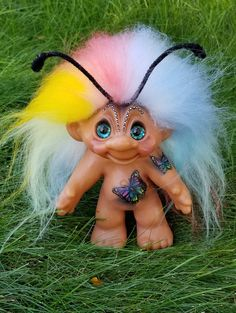 Thomas Dam troll makeover by Judi Paul Luxembears Troll Dolls, Hello Dolly, Diy Arts And Crafts, Cool Diy, Crosses, Skulls, Diy Ideas, Cool Stuff, Toys